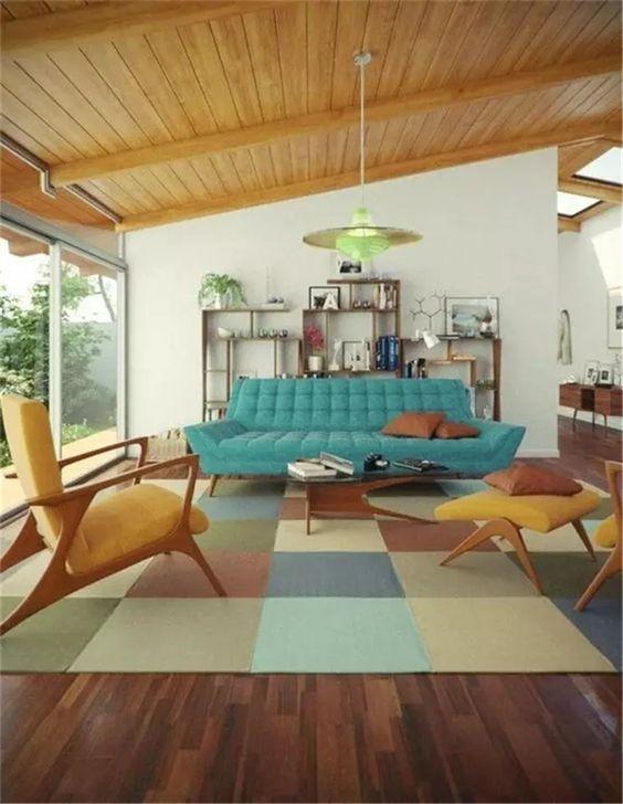 Modrý gauč a retro křesla