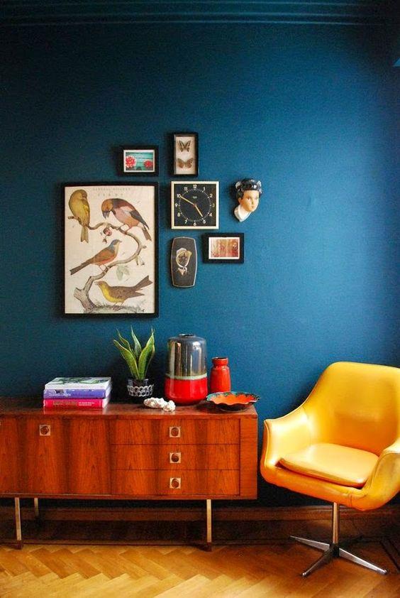 Modro-žlutý obývák