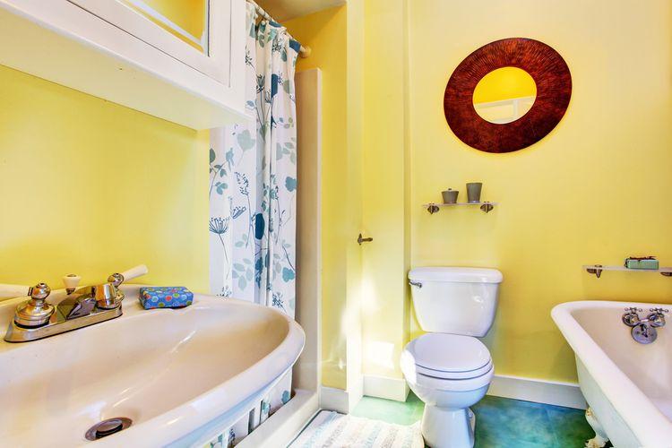Koupelna v žluté