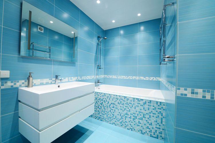 Koupelna laděná do modré