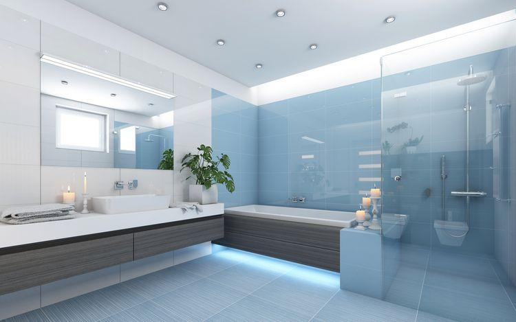 Modré detaily v koupelně