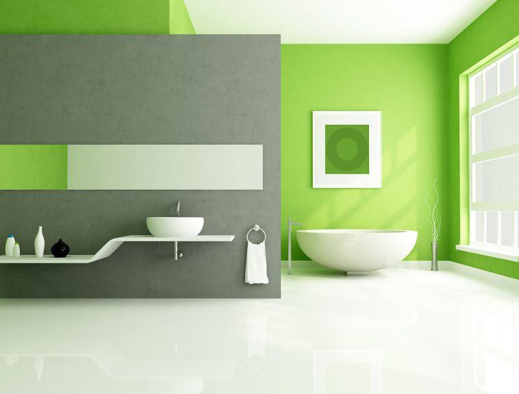 Hráškově zelené stěny v koupelně