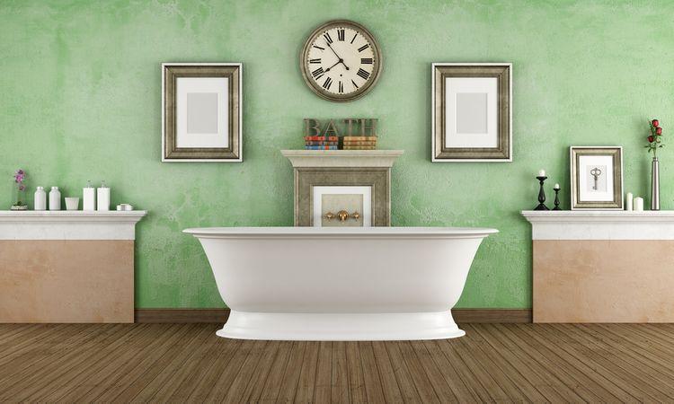 Koupelna se zelenou stěnou