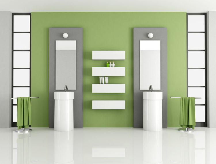 Zeleno-šedá koupelna