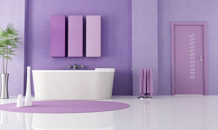 Jemně fialová koupelna