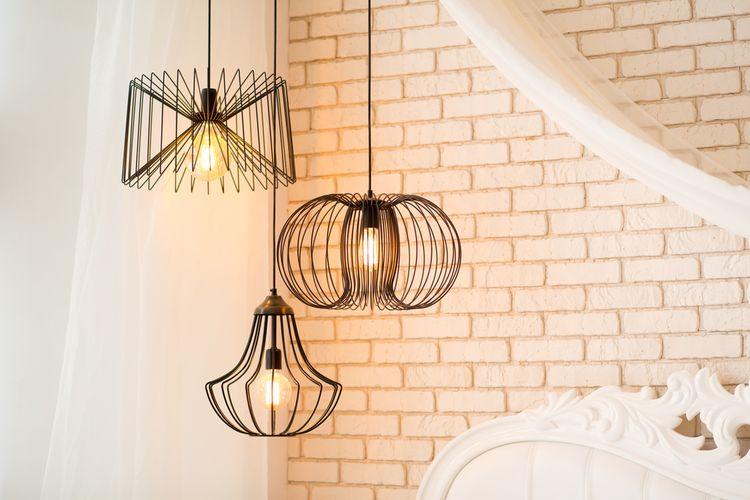 Wire lampy do interiéru