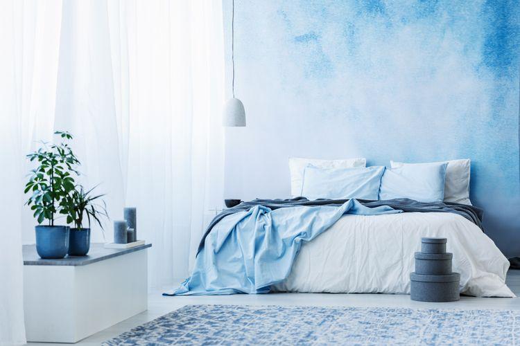 Bleděmodrá ložnice