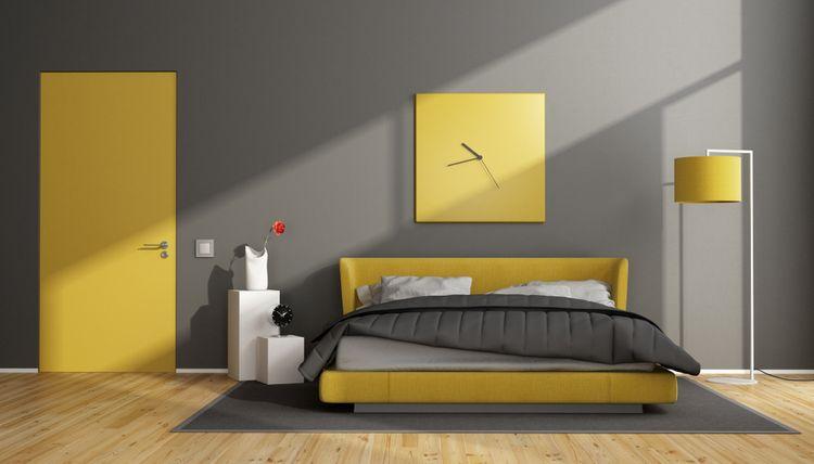 Žlutá v ložnici