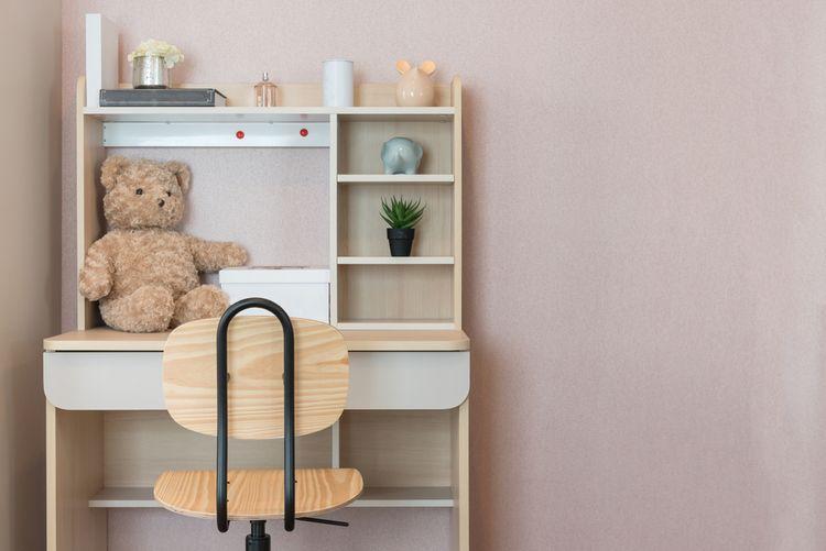 Stolek do dětského pokoje