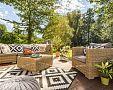 Verandy a terasy – příjemný prostor pro setkávání se s přáteli