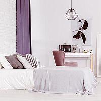 Fialová barva do ložnice? My říkáme ano!