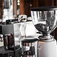 Nejlepší mlýnky na kávu: Recenze a test poradí, jak si vybrat