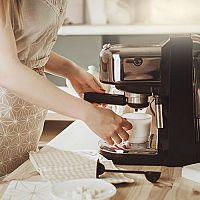 Retro kávovary:  Doplněk každé stylové kuchyně