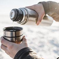 Nejlepší termoska na kávu a čaj? Recenze a test pomohou s výběrem