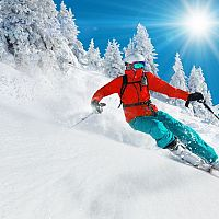 Jak se obléct na lyže? Třeba dobré kalhoty na lyžování v mrazu