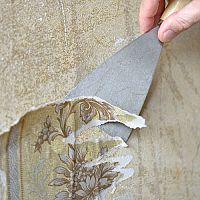 Jak odstranit tapety a lepidlo po tapetách ze sádrokartonu i panelu