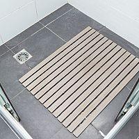 Protiskluzové podložky do koupelny, vany a sprchovacího koutu vás ochrání před úrazem