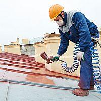 Jak natřít střechu a jaká barva na střechu je nejlepší?