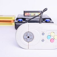 Retro herní konzole na TV od Sega, Nintendo, Atari či Playstation jsou zpět! Potěší děti i dospělé
