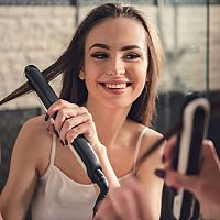 Jak vybrat žehličku na vlasy? Recenze potvrzují, že nejlepší je s keratinem a ionizátorem