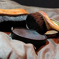 Jak čistit kůži, kožené sedačky a bundy