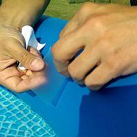 Jak zalepit nafukovací bazén?