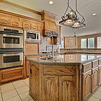 Jaká je správná výška kuchyňské desky