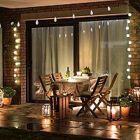 Osvětlení terasy – solární lampy, nebo LED svítidla?