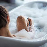 Akrylátová, plechová či smaltovaná vana? Která je nejlepší?