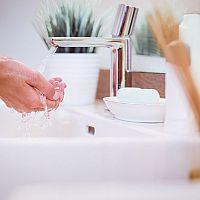 Jak ušetřit  vodu v domácnosti? Recyklace vody a splachování použitou vodou