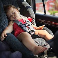 Jak vybrat bezpečnou autosedačku pro dítě + výsledky testu ADAC 2019