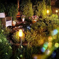 Zahradní osvětlení – jaké máme možnosti? Solární, se senzorem, LED osvětlení