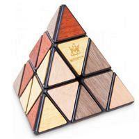 Pyramida Deluxe