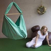 Mentolově zelená kolébka se zavěšením do dveří Hojdavak Baby