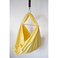 Žlutá kolébka z bavlny se zavěšením do stropu Hojdavak  Baby (0až9 měsíců)