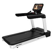 Life Fitness Integrity D Base Discover SE3HD běžecký pás