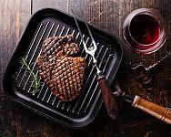 Jaká je nejlepší grilovací pánev na steaky?