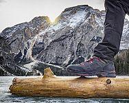 Jakou turistickou obuv? Vysokou! Vyzkoušejte Garmont nebo Mammut
