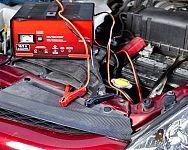 Jak vybrat nejlepší nabíječky autobaterií i se startováním