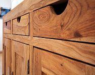 Jaké jsou výhody nábytku z masívu dubu, buku, borovice, smrku nebo palisandru?