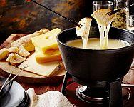 Fondue sady – elektrické, keramické, nerezové či litinové?