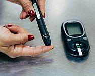 Nejlepší glukoměry – existují i bez proužků a bez krvi? Recenze poradí, jak vybrat
