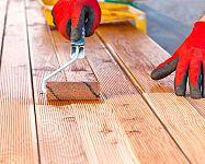 Impregnace dřeva do exteriéru je důležitá proti vodě i plísni