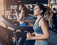 Jak cvičit na běžeckém pásu? Správná rychlost pro vaše cíle