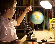 Jak vybrat mikroskop pro děti? Nejlepší dětské a školní mikroskopy poradí recenze