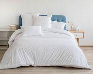 Manželská postel z masívu, s úložným prostorem, s matrací a roštem? Víme, jak vybrat