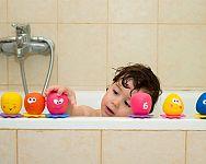 Pěnové nebo natahovací hračky do vany pro děti i miminka