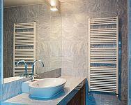 Jaký žebříkový radiátor do koupelny? Nejoblíbenější jsou elektrické
