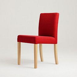 Červená židle s přírodními nohami Custom Form Wilton