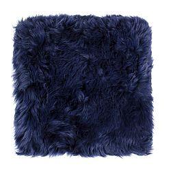 Tmavě modrý sedák z ovčí kožešiny na jídelní židli Royal Dream, 40x40cm